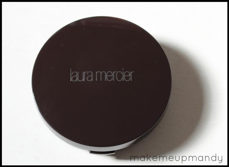 laura mercier smooth foundation powder review