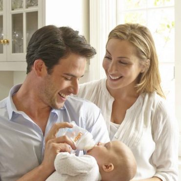 Munchkin Latch Baby Bottle review