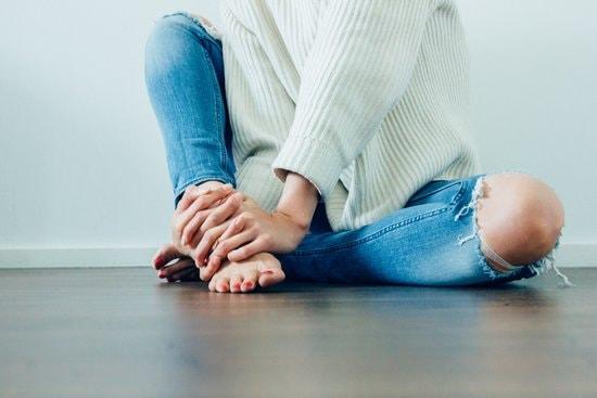 pregnant feet hurt sore